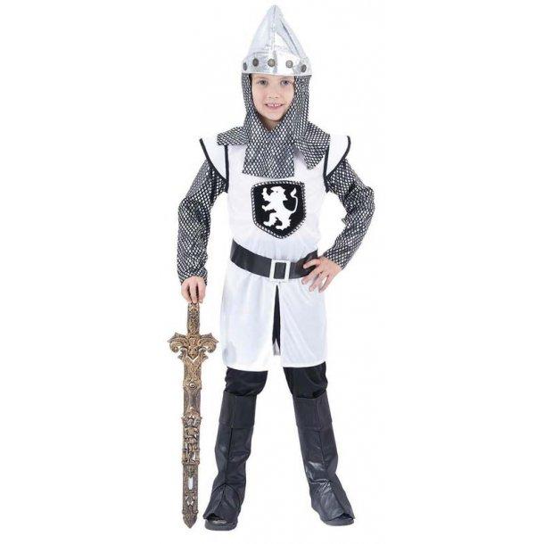 Hvid ridder str. 140 cm.