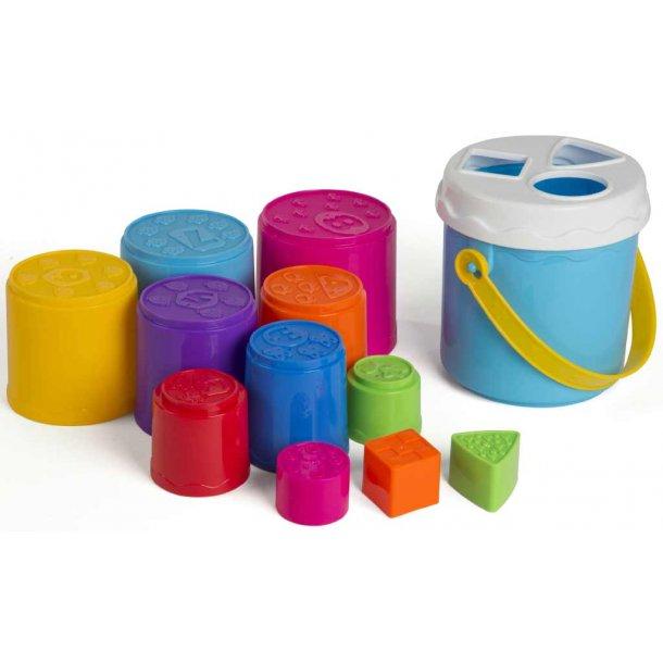 Byggebæger og put i hul box